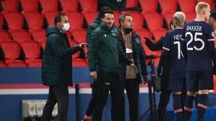 Sebastian Coltescu en el partido de Liga de Campeones de ayer entre...