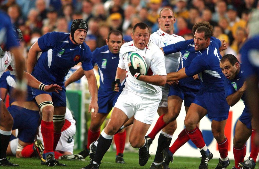 Steve Thompson, en el centro de la imagen, en la semifinal del Mundial...