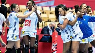 Las jugadoras francesas celebrando su victoria sobre Dinamarca /