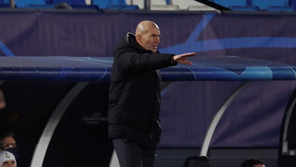 Zinedine Zidane, durante el partido ante el Gladbach