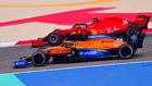 Sainz, por delante de Leclerc, en Bahréin.