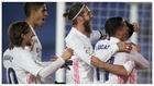Modric, Varane, Ramos y Lucas celebran con Carvajal el gol del lateral...