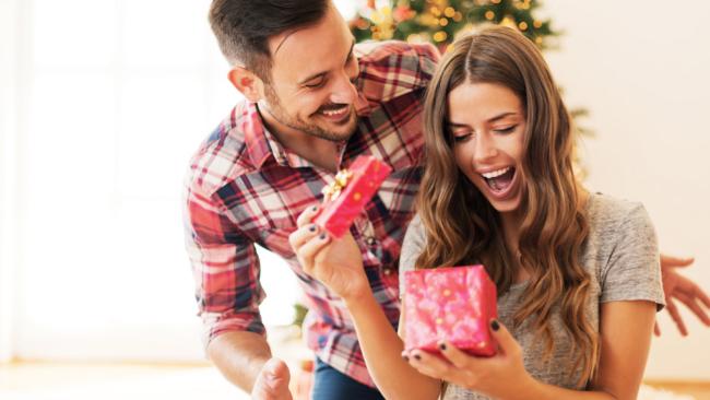 Aquí tienes una selección con los mejores regalos para mujer para...