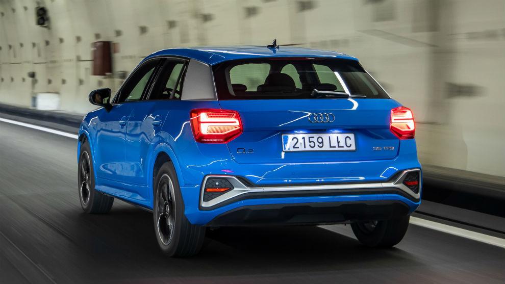 El modelo más pequeño de la familia Q incorpora nuevos servicios Audi connect de serie.
