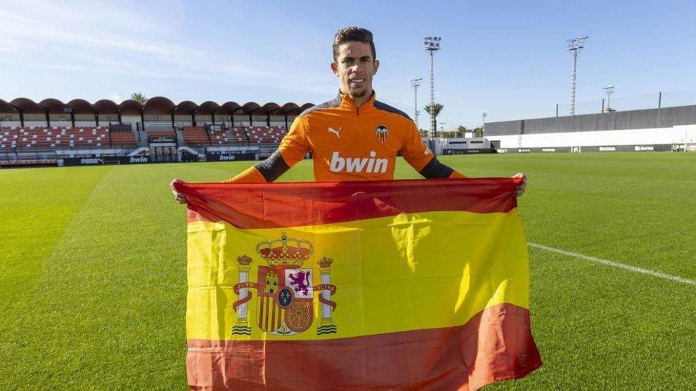 Gabriel Paulista sueña con ponerse la camiseta de España.