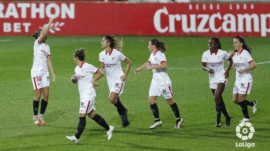 Virgy García celebra el gol ante el Levante.