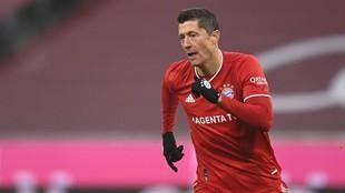 Robert Lewandwski, durante el partido ante el Wolfsburg