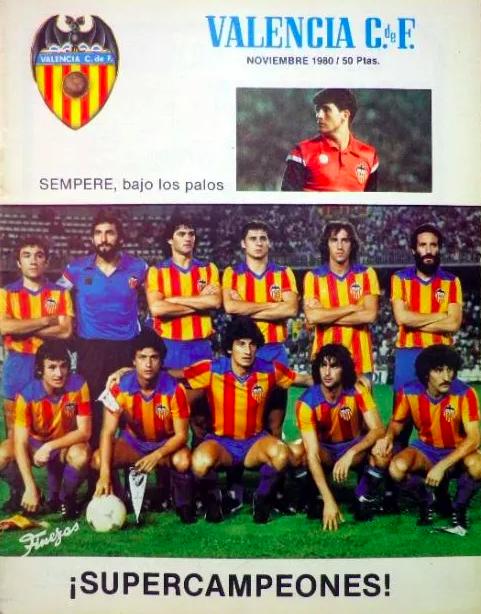 Portada de la revista oficial del Valencia correspondiente a diciembre de 1980 donde relata el título.