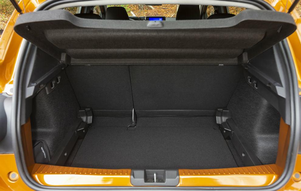El maletero tiene una capacidad de 410 litros, 328 según el sistema VDA.