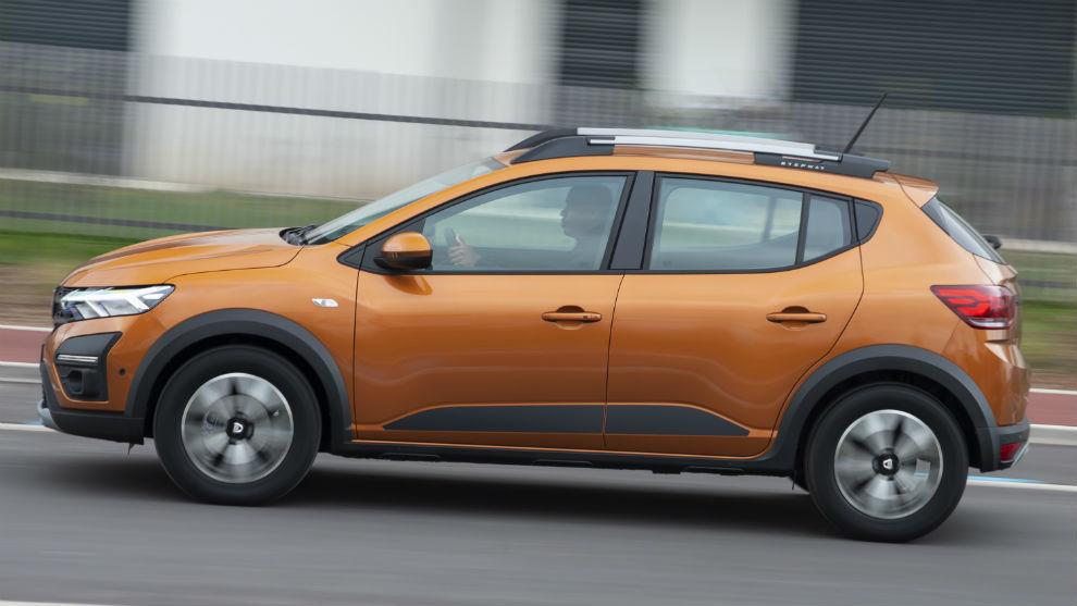 El Dacia Sandero puede acabar el año como el coche más vendido en España.