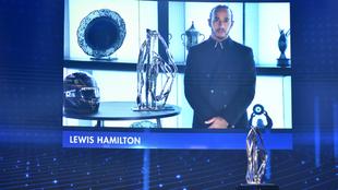 Hamilton, campeón de la F1 en 2020, durante la gala.