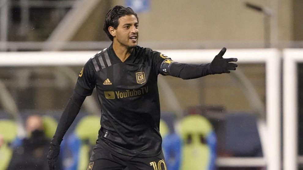 Carlos Vela's controversial celebration in LAFC vs Club America: Sons of b****es!