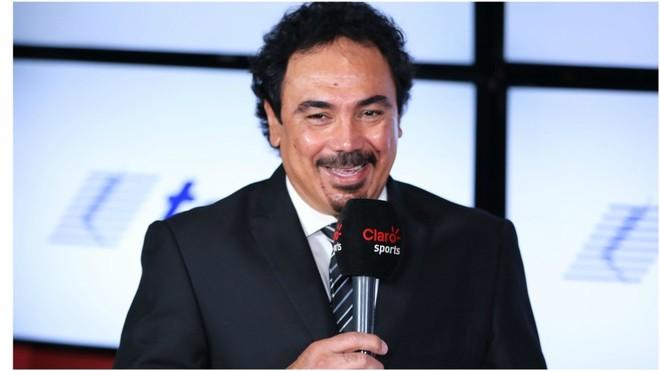 Hugo Sánchez ya platicó con la directiva de Cruz Azul.