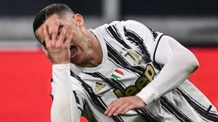 Día fatídico para la Juve: le quitan una victoria, pierde... ¡y está a siete del Milan!