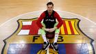 Thomas Heurtel posa delante del escudo del Barcelona