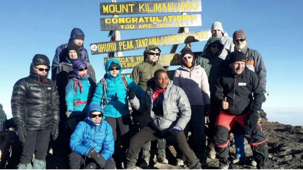 Kilimaratón. Deporte y solidaridad de la mano de Martín Fiz y Wanawake