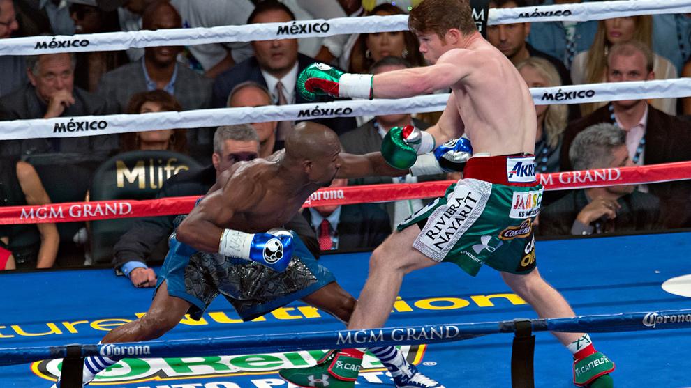 Boxeo: Mayweather vs Canelo: La derrota que Saúl Álvarez no ha podido  superar   Marca