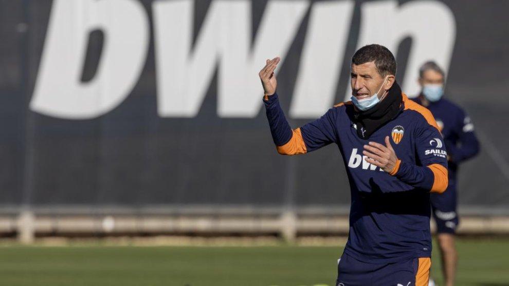 """Javi Gracia: """"No sé hasta qué punto el club es consciente de lo importante que es reforzar esta plantilla"""""""