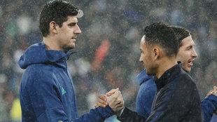 Courtois y Keylor, durante el Madrid-PSG del año pasado