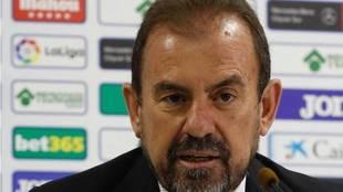 Ángel Torres, en una rueda de prensa.