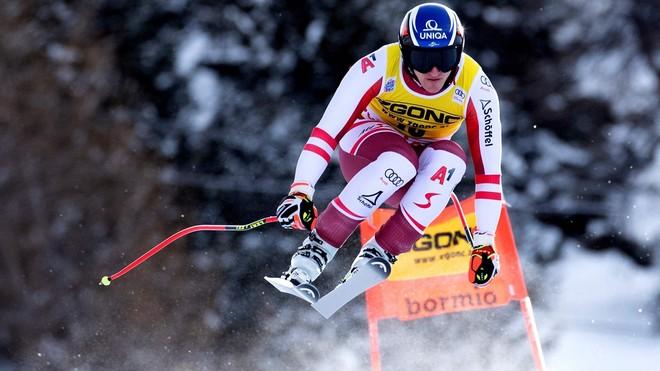 Matthias Mayer gana el descenso de Bormio y alcanza la decena de victorias