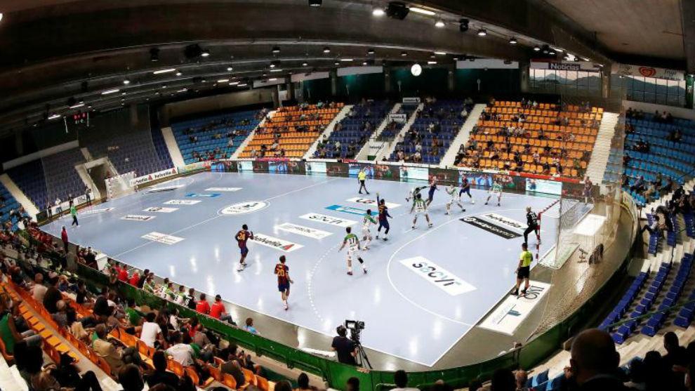 Partido de la Liga Asobal entre el Anaitasuna y el Barcelona del...