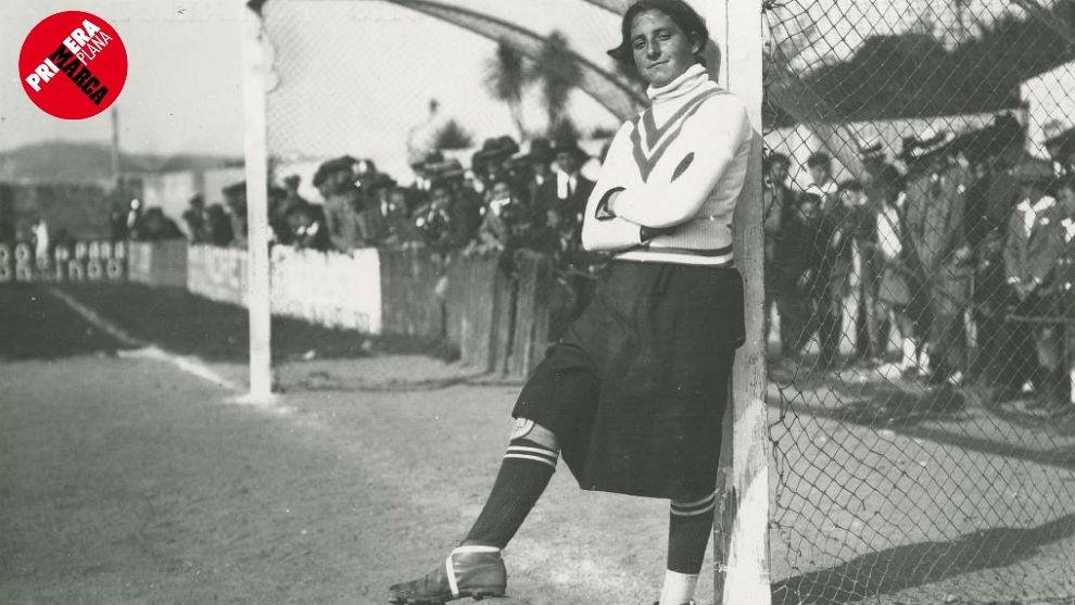 Irene, en el Parque de Riazor (1925).