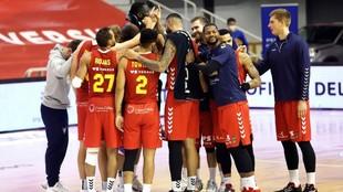 Los jugadores del UCAM Murcia, celebrando el triunfo ante el Obradoiro...