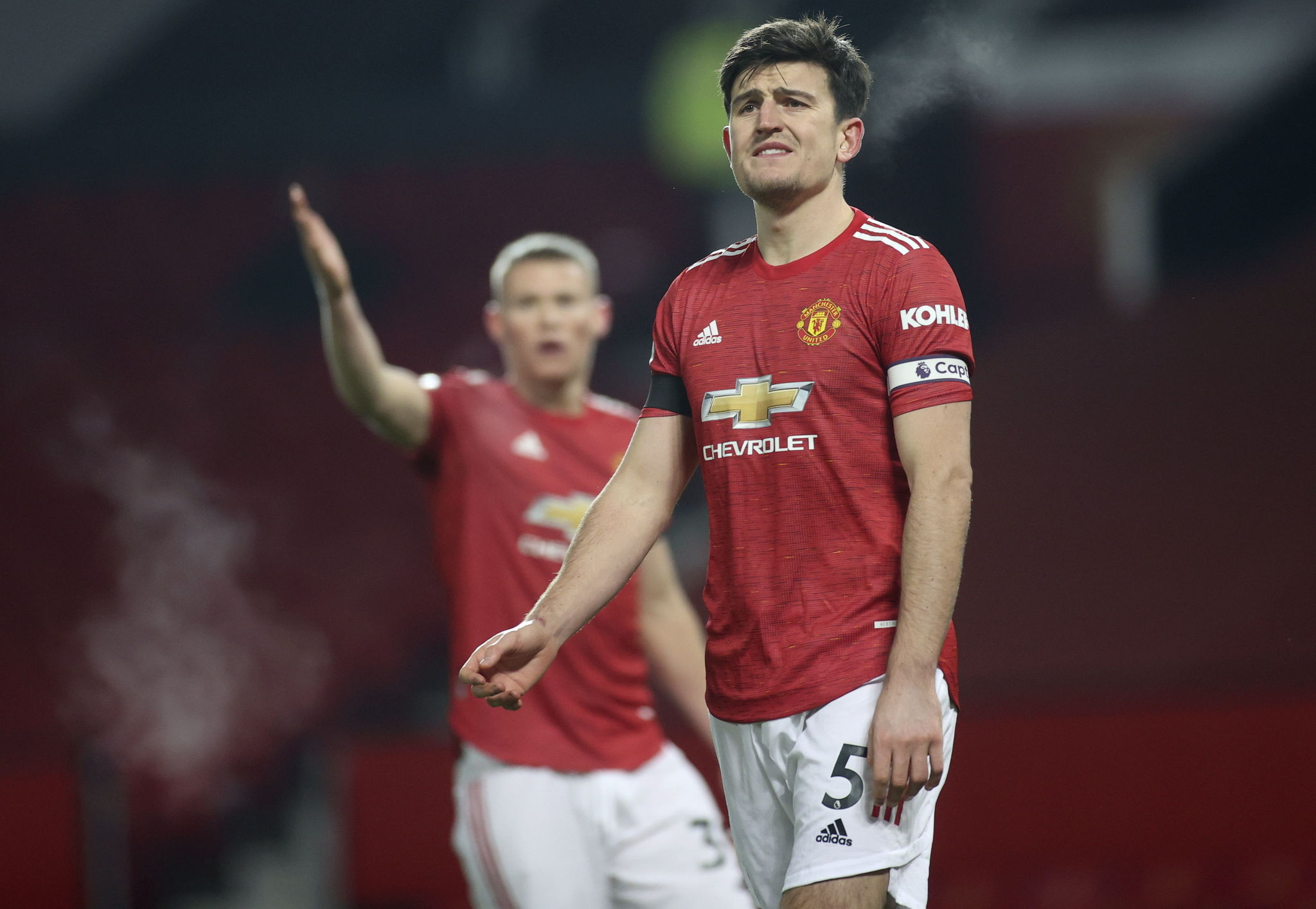 lt;HIT gt;Manchester lt;/HIT gt; ( lt;HIT gt;United lt;/HIT gt; Kingdom), 01/01/2021.- Harry Maguire (R) of lt;HIT gt;Manchester lt;/HIT gt; lt;HIT gt;United lt;/HIT gt; reacts during the English Premier League soccer match between lt;HIT gt;Manchester lt;/HIT gt; lt;HIT gt;United lt;/HIT gt; and Aston Villa in lt;HIT gt;Manchester lt;/HIT gt;, Britain, 01 January 2021. (Reino Unido) EFE/EPA/Carl Recine / POOL EDITORIAL USE ONLY. No use with unauthorized audio, video, data, fixture lists, club/league logos or 'live' services. Online in-match use limited to 120 images, no video emulation. No use in betting, games or single club/league/player publications