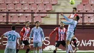 Lance del partido disputado en Las Gaunas entre Logorñés y Mirandés