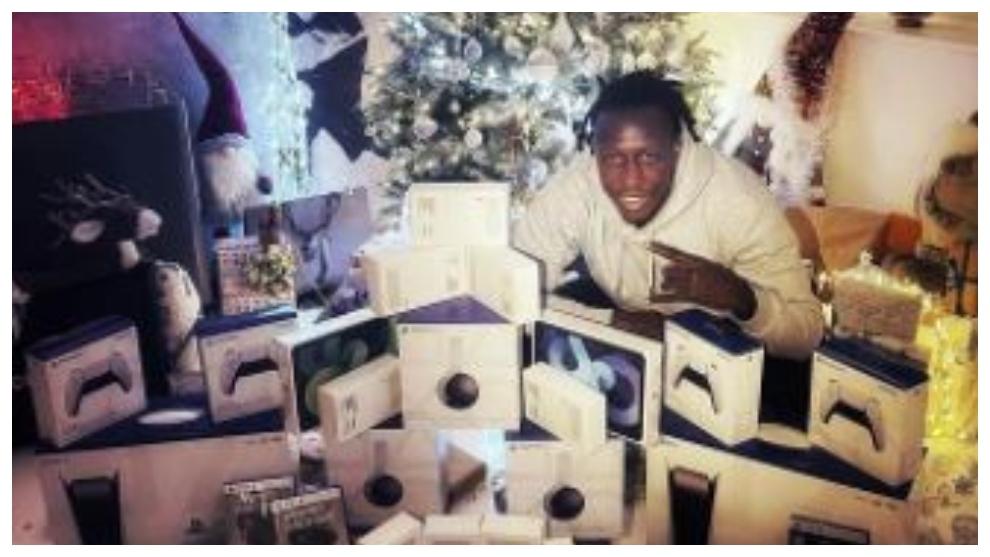 Mendy, en su casa durante las fiestas navideñas.