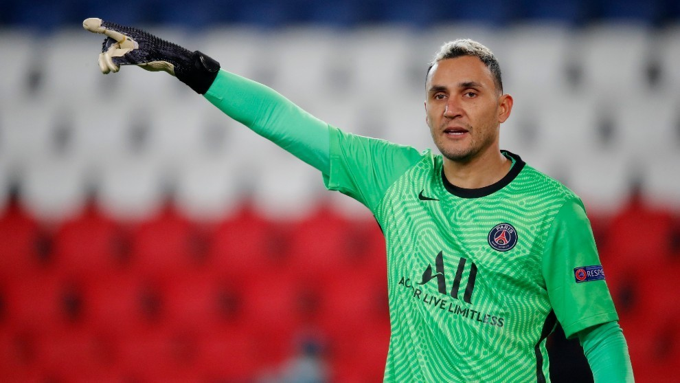 Does Keylor Navas have reason to fear for his PSG future?