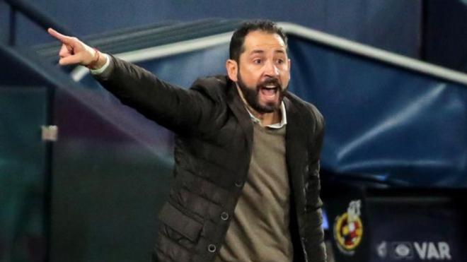 Machín, durante un partido con el Alavés.