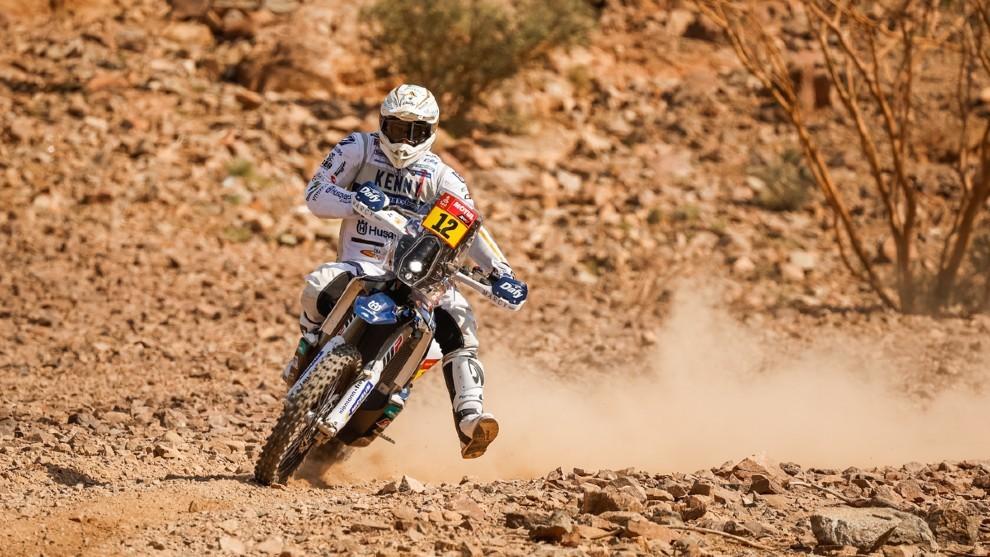 Xavier De Soultrait (Husqvarna) es el nuevo líder en motos.