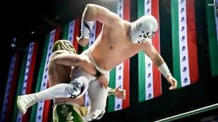 Súper Astro Jr. en acción en el CMLL