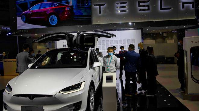 Un Tesla Model X en la Exposición Internacional de Importación de Shanghai.