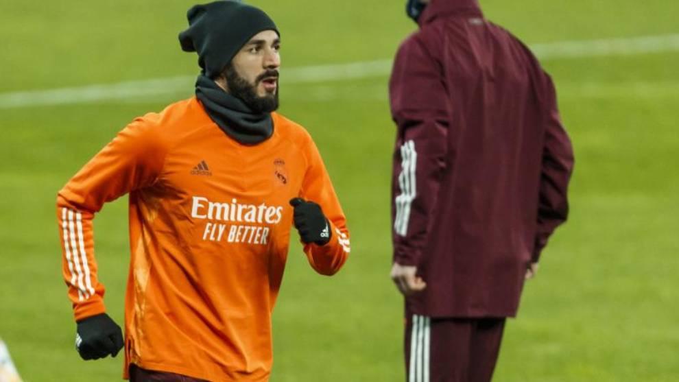 Karim Benzema, en un entrenamiento con el Real Madrid.