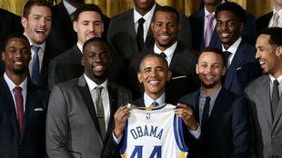 Los Warriors con Obama en 2016, fue la última vez que un campeón NBA...