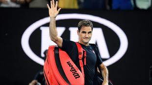 Roger Federer en Melbourne tras caer ante Djokovic en el Open de...