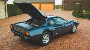 El especialista en coches clásicos Girardo ofrece esta unidad por...