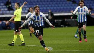Nico Melamed celebra el gol que abrió el triunfo del Espanyol ante el...