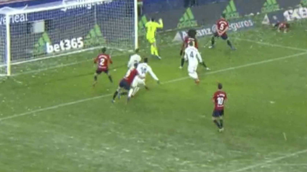The possible Casemiro penalty that wasn't given to Real Madrid