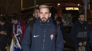 Álvaro Vázquez, en un viaje con el Sporting.