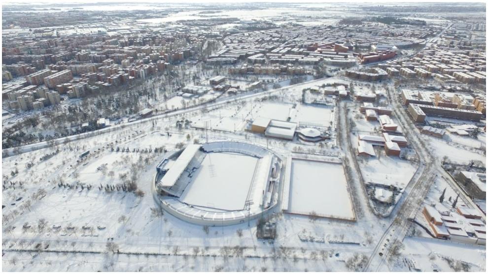 Las instalaciones del CD Leganés, cubiertas por la nieve a causa del...