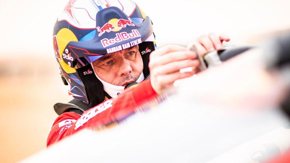 A Loeb le ha pasado de todo en este Dakar... y casi nada bueno.