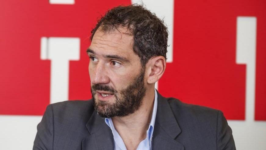 Jorge Garbajosa, presidente de la FEB, durante una reciente visita a...
