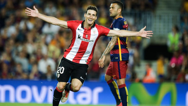 Aduriz celebra un gol durante la Supercopa de 2015