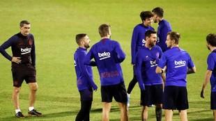 Valverde y varios jugadores del Barcelona en Arabia Saudí.
