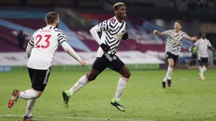 Paul Pogba festeja su gol con el Manchester United.