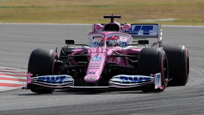 Checo Pérez en acción con Racing Point